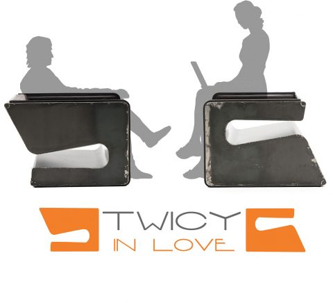 twicy-inlove-arm